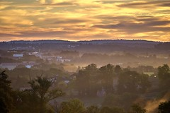 au petit matin (rondoudou87) Tags: rise matin morning cloud nuage brume mist misty pentax k1 paysage urbanlandscape landscape tree arbre limoges france limousin hautevienne