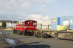 Kf L&W 232-002 met containerwagen in haven Emmerich (sanfranjake) Tags: emmerich emmerichamrhein trein goederentrein duitsland kof kof332002