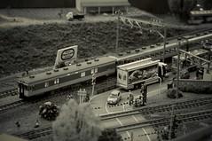 JNR KIYUNI26 (railway post office) + KIHA56 (kiha581523) Tags: nikon d90 nikkor 1685 monochrome train zug eisenbahn railway scale model 1150 tomix