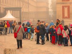 Class visit to Versailles (bronxbob) Tags: france versailles people visitors royalpalaces kinglouisxiv