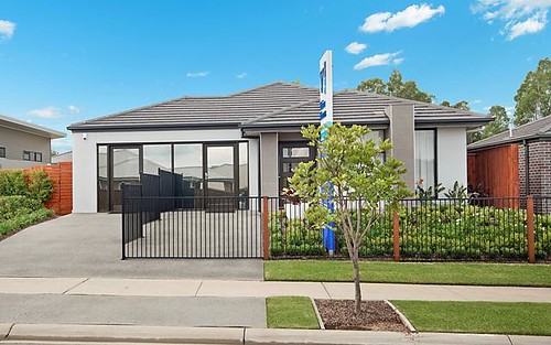 19 Grand Parade, Rutherford NSW 2320