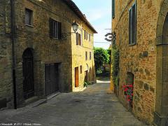 Montichiello, Il Borgo, The Ancient village (michele masiero) Tags: italia siena toscana valdorcia vicoli montichiello fotosketcher ilborgodimontichiello