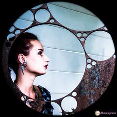 Aude_Internet_BD-16 (Au Fil Des Caprices (photographer & model)) Tags: portrait rouge chaos crane couleurs femme du yeux aude cheveux demeure verts