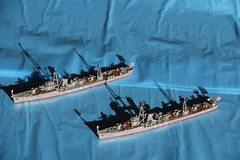 1/700 IJN escorts Chidori and Manazuru by Pit-Road (szogun000) Tags: canon japanese model ship plastic kit naval warship 1700 w38 manazuru chidori ijn torpedoboat auxiliary skywave pitroad imperialjapanesenavy skywaveseries canoneos550d canonefs18135mmf3556is