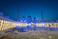 Sheikh Zayed Mosque Twilight (Boszanova_EK) Tags: twilight nikon mosque emirates abudhabi ek auh grandmosque nikonphotographer sheikhzayedmosque iamnikon