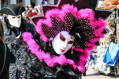 Carnevale Di Venezia 2011 (BX_Orange) Tags: italien pink venice italy black glitter purple mask lila carnevale venezia venedig carneval schwarz maske glitzer verkleidung 2011 carnevaledivenezia