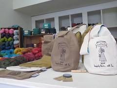 Olvia Portuguesa (TricotdasCinco) Tags: tricotdascinco tricotfriends yarnshop lojadels lisboa lisbon