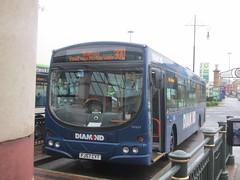 Diamond North West 30509 FJ57CYT Trafford Centre Bus Stn on 300 (1280x960) (dearingbuspix) Tags: northwest diamond rotala 30509 fj57cyt diamondbusnorthwest diamondnorthwest