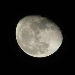 Moon November 29th 2015 (Crunch53) Tags: november moon michigan illumination 85 gibbous 29th waning
