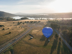CBR-Ballooning-110211.jpg (mezuni) Tags: aviation australia hobby transportation hotairballoon canberra hobbies activity ballooning act activities passtime oceania australiancapitalterritory balloonaloftcbr