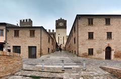 DSC_1549-1552 Gradara (Giovanni Pilone) Tags: marche bastione gradara