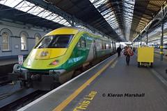 4007 at Heuston, 17/12/15 (hurricanemk1c) Tags: dublin irish train rail railway trains railways caf irishrail intercity heuston 2015 4007 mark4 iarnród éireann iarnródéireann 0920corkheuston