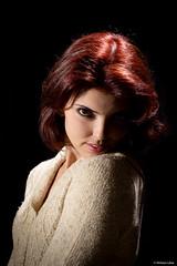 Ruiva (Vinicius_Ldna) Tags: red brazil portrait girl beauty canon hair 50mm retrato redhead vermelho cabelo ruiva 5033 strobist strobismo