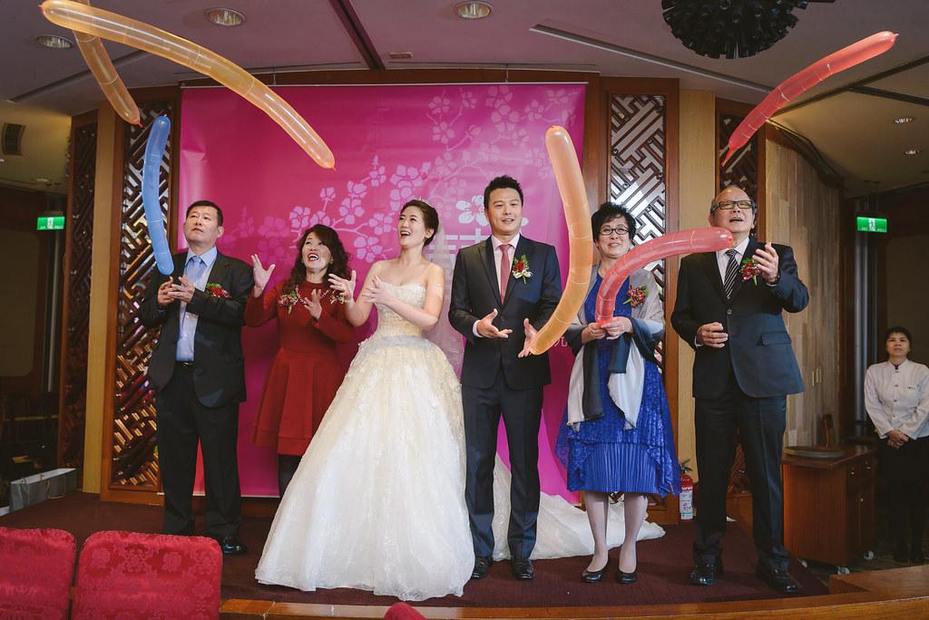 """""""婚攝,兄弟飯店,婚攝wesley,婚禮紀錄,婚禮攝影""""'LOVE2158'"""