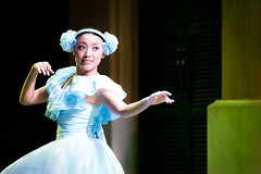 Minnie Oh! Minnie (kos270) Tags: nikon d750 tamronsp70200f28divcusd disney dancer tokyodisneyland tdl minnieohminnie dance performer performance ballerina ballet people portrait performingarts