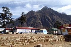 Vor dem Aufbruch zum 9. Trekking-Tag (Alfesto) Tags: nepal trekking wanderung himalaya namche khumbuarea sagarmathanationalpark tengboche phortse phorche