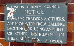 Notice to Hawkers, etc (cdb41) Tags: bermondsey se1 southwark notice hawkers traders