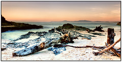 Nambucca Dawn (juliewilliams11) Tags: outdoor sea ocean landscape beach shore photoborder rock sky dawn sand newsouthwales australia desaturated cokin gnd filter contrast footprints pink black
