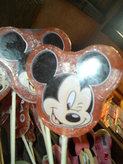 Disneyland Paris 2016 (Elysia in Wonderland) Tags: disneyland paris disney france theme park joe elysia lucy holiday 2016 lolly lollipop candy sweets mickey mouse