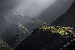 Madeira - diagonal (zenofar) Tags: nikon d810 protugal madeira light licht schatten shadow diagonal schrg berge mountains felsen rocks schlucht canyon sun sonne strahlen beam natur nature