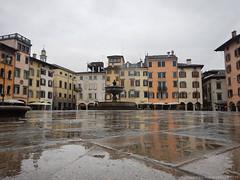 Lucido Scirocco (Cjasar) Tags: scirocco siroc southwind aiardisiroc ploe rain pioggia udin udine fril friuli autumn siarade fall town