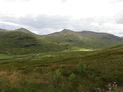 Meal Glas top Sgiath Chuil ridge zoom from Creag Mhor (ancanchaWH) Tags: zoom top ridge meal glas mhor creag sgiath chuil