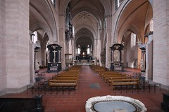 High Cathedral of Saint Peter in Trier (Guido F.J. Ehlers - gfje) Tags: cathedral dom duomo trier curch sony900 sal1635z