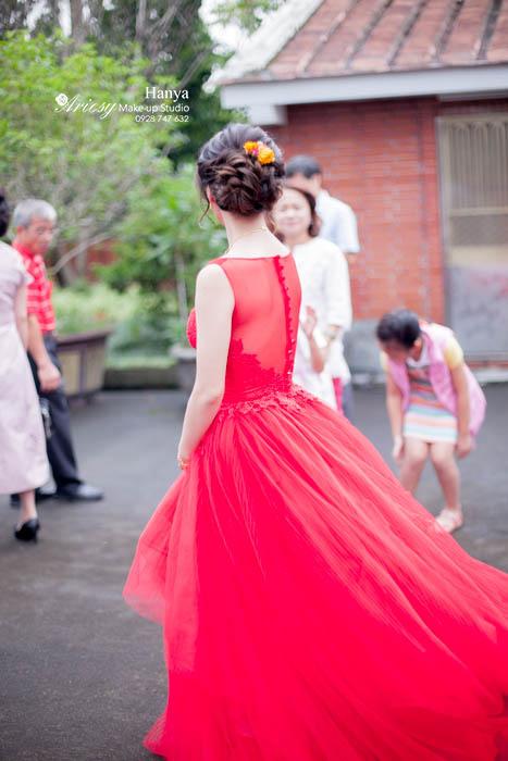 新秘Hanya,愛瑞思造型團隊,桃園大溪鴻禧,新娘髮型,推薦新秘,新娘秘書,文定造型,鮮花造型,新娘造型