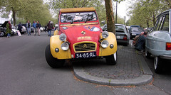 1971 Citroen 2 CV AZ - A 2 (Steenvoorde Leen - 13.8 ml views) Tags: utrecht citroen 2cv berlingo berlingo4x4 citroendagen veemarkthallen ds dutch2cv holland netherlands frenchcar franzosicheauto autofrancese cochefrances carrofrances 1971citroen2cvaza2