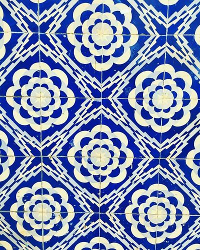 #tiles #tilesofportugal #aveiro #azulejosportugueses #azulejaria #azulejos #portugal