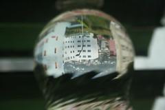 City in a bottle (LetsLetsLets) Tags: ticino svizzera sua outubro 2016 bellinzona upsidedown cityinabubble waterbottle garrafadegua plstico bolha depernasparaoar aocontrrio