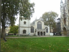 P1390245 St Margaret's Parish Church, Westminster (londonconstant) Tags: londonconstant costilondra london architecture chelsea westminster promenades streetscapes