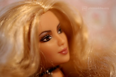 shakira close-up (photos4dreams) Tags: anotherdayanotherconcertp4d dress barbie mattel doll toy photos4dreams p4d photos4dreamz barbies girl play fashion fashionistas outfit kleider mode puppenstube tabletopphotography shakira