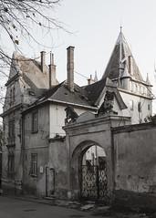 budafok var (imgo the ill iterator) Tags: hungary hungra budapest buda budafok 47 varoshaz ter castle architecture city europa magyarorszg evropa avrupa