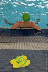 Détente (Fontenay-sous-Bois - Officiel) Tags: fontenay fontenaysousbois regionparisienne valdemarne iledefrance 94 94120 piscine pool eau water detente quiet tong france