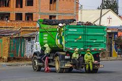 El Alto garbage men (@CathieAaT) Tags: elalto lapaz bolivia