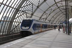 01052015 - SLT 2452 vertrekt uit Amsterdam Sloterdijk (Arin Claij) Tags: train slt hoornkersenboogerd stationamsterdamsloterdijk