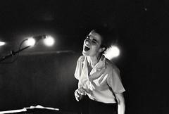 Françoiz Breut (CroytaqueCie) Tags: françoizbreut olympusom1n kodaktrix zuiko50mmf18 lille chansonfrançaise ahbon lapéniche lillelanuit concert concertonfilm