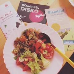 Schnippeldisko in #Bielefeld Quelle mit @tttbi und @Slowfood_de #TellerstattTonne #lecker