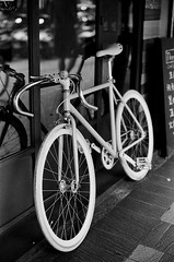 Leica_m_BW_5591_M50F14BP (OPTIK AXIS) Tags: camera leica blackandwhite fi