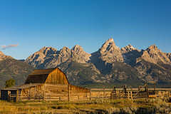 Mormon barn (Wild4LifePhotos) Tags: yellowstone 2015 mormonbarn