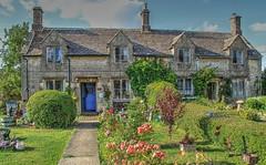 SHEBOURNE, COTSWOLDS (toyaguerrero) Tags: uk inglaterra england english architecture rural arquitectura cottage cotswolds gloucestershire quintessential englishness maravictoriaguerrerocataln toyaguerrero