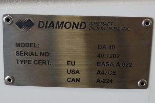 Diamond DA40 HS-TVG-2 dataplate Hua Hin 12Oct15 (Jean Marc Braun)