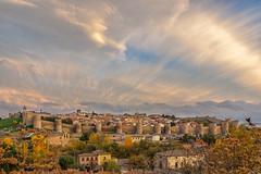 Otoño en Ávila (chuscordeiro) Tags: street españa color canon atardecer ciudad cielo nubes 7d vista otoño mirador avila 1755 castillayleon