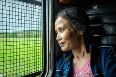 ###oo (Heinrich Plum) Tags: woman window train fuji view fenster eisenbahn railway vietnam aussicht frau gitter trainwindow zugfenster economyclass latticewindow woodenseats vietnamrailway xe2 heinrichplum xf1855mm giterfenster