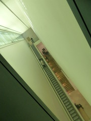 Glimpsed through a gap (DavidCooperOrton) Tags: london stairs escalator diagonal nationalportraitgallery movingstaircase