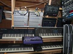 LP158666 (LoxPix2) Tags: boss music studio guitar fender synth roland korg yamaha emu gibson akai novation alesis kawai maudio behringer kurzweil teisco ensoniq tapco rogerlinn loxpix