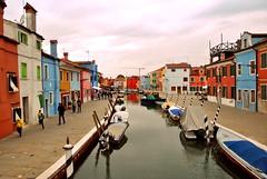 www.unaialberdi.com (UNAI ALBERDI ALONSO) Tags: burano italia italy original viaje travel fotografia photo luz light pueblo venice venezia venecia