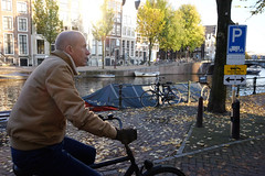DSCF9290.jpg (amsfrank) Tags: people autumn fall dutch amsterdam candid