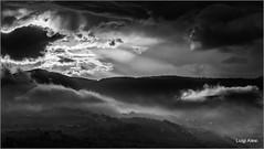 tramonto in bianco e nero (Luigi Alesi) Tags: sanseverino italia italy marche macerata san severino tramonto sunset biano nero black white bn bw nuvole clouds foschia fog mist misty foggy cielo sky luce light nikon d750 raw